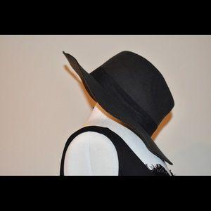 Accessories - Women's Fedora Hat